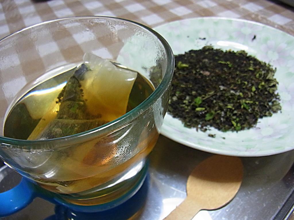 フクラスズメフン茶